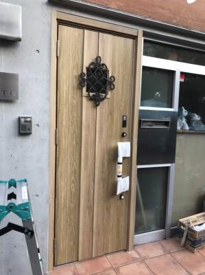 玄関ドアafter