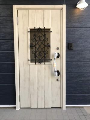 玄関ドア3